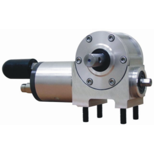 Pneumatic motor-reducer for canvas actuation in tippers